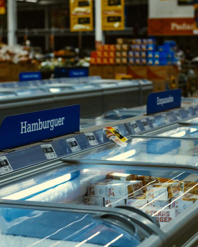 Jak można wykorzystywać materiały marketingowe w sklepach?