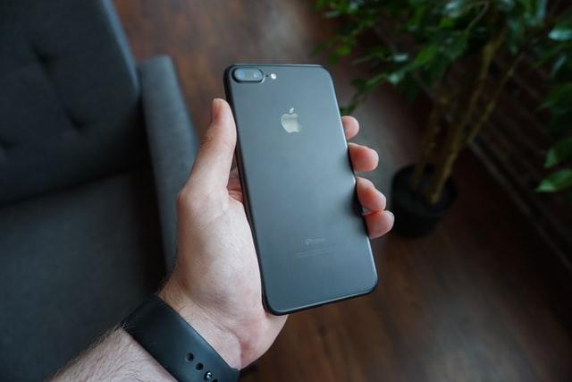 Kiedy warto odwiedzić serwis Apple?